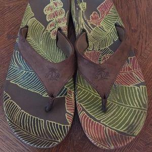 tommy bahama flip flops 9